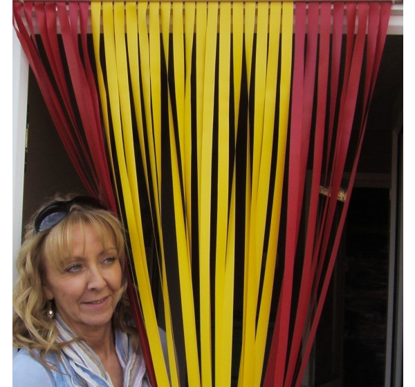 Heavy Duty Caravan / RV Blind in Spain (Spanish Flag)